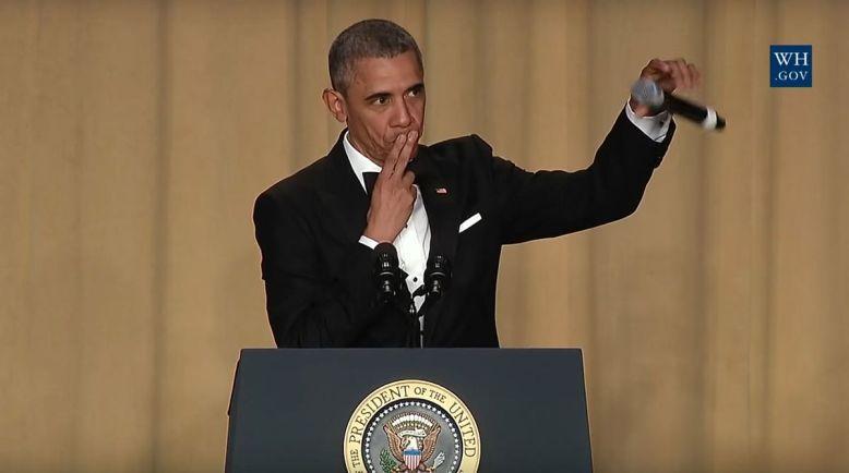 Barack_Obama_Mic_Drop_2016